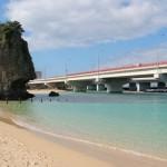 国際通り近くで海水浴ができるビーチはあるの?バスやタクシーで行ける?